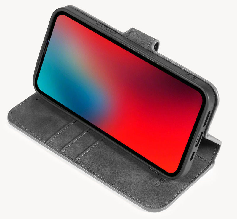 DG.MING iPhone 12 Max Retro Case